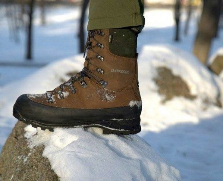 Hunting boots for winter